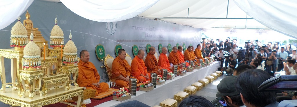 Buddhist monks at the main pavilion.