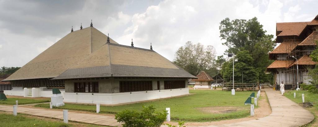1 Excellence - Sree Vadakkunnathan Temple (1)