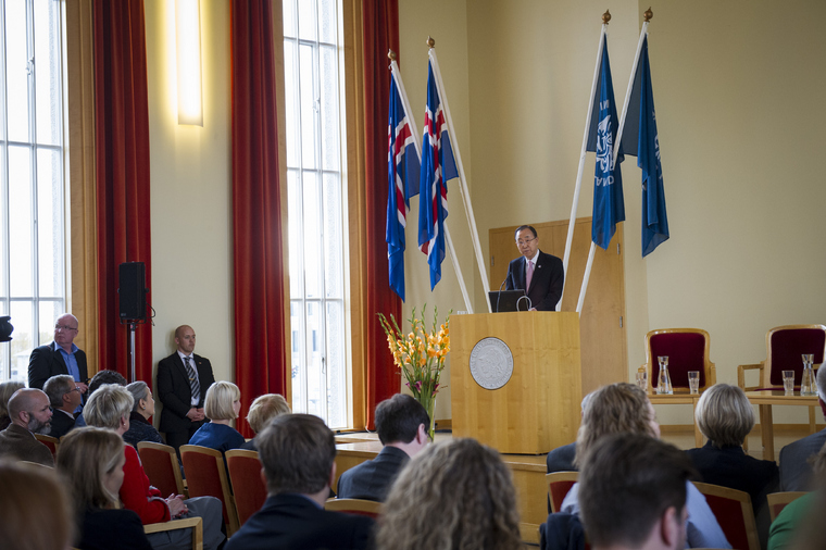 Secretary-General Ban Ki-moon delivers closing remarks at the University of Iceland's Institute of International Affairs on the 30th Anniversary of the 1986 Reagan-Gorbachev Summit. UN Photo/Rick Bajornas